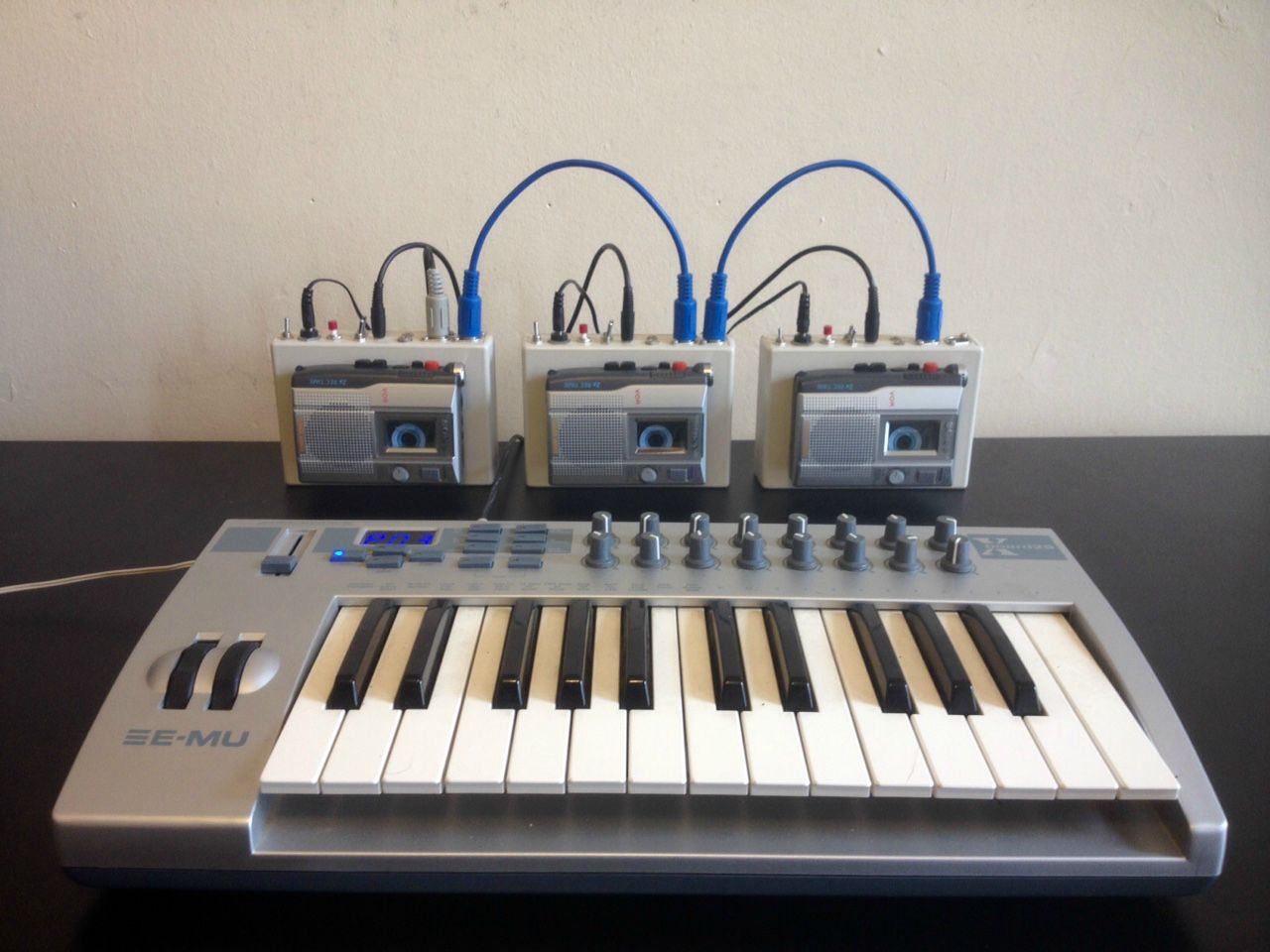 Polyphonic Walkman Powered Mellotron!