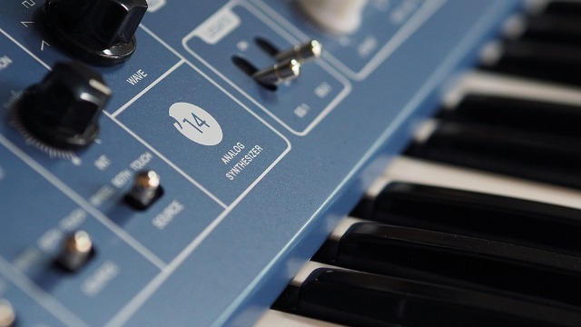 Vermona '14 Analogsynthesizer Is On Its Way