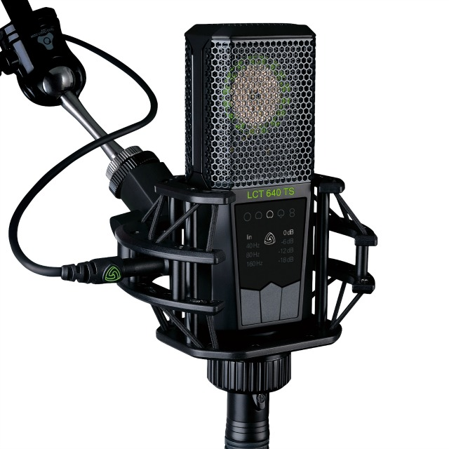 Mic Allows Polar Pattern Change After Recording